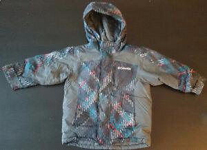 Columbia winter coat size 3 $15~