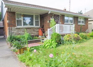 Niagara Falls 3-Bedroom House For Rent, FURNISHED