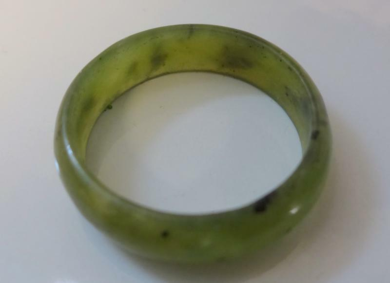 Vintage Chinese Natural Grade A Green Jade Nephrite Ring Size 7