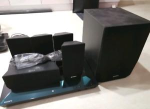 SONY BLUETOOTH BLU RAY HOME THEATRE SYSTEM 1000W LIKE NEW