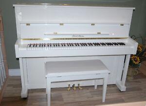 Pearl River Piano - White Upright