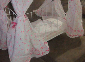 Doll Bed- with Canopy and bedding -Enchanting West Island Greater Montréal image 2