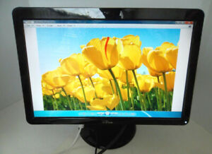 "Moniteur DELL 20"" LCD Monitor"