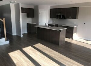 NEW Townhouse 3 bedroom Woodhaven West End for rent OCTOBER