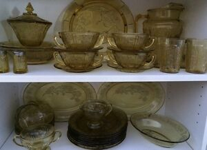 41 pieces Depression Glass. Amber Sharon cabbage rose
