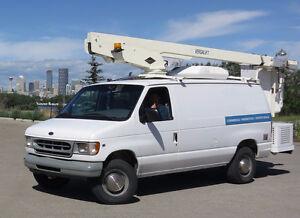 2000 Ford E-350 Versalift bucket boom lift Minivan, Van