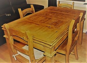 Dining table set with 4 chrais 2 pullout leafs