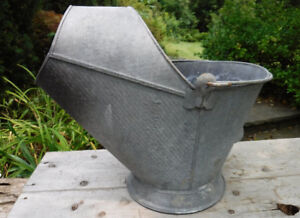 VINTAGE GALVANIZED COAL SCUTTLE ASH BUCKET HOME OR GARDEN