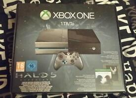 Halo xbox one console