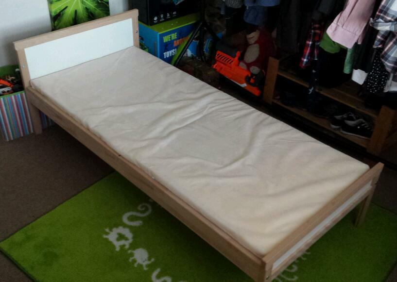 Kids children 39 s ikea bed in minster on sea kent gumtree for Childrens single beds ikea