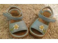 Girl's Sandals size 6