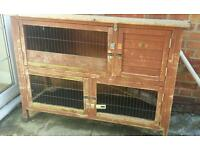 Free rabbit / guinea pig hutch