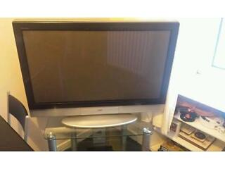 42 inch jvc television w/ stand