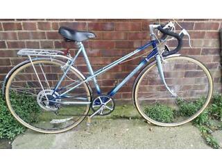 Raleigh wisp road racer touring bike bicycle