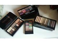 12 Eyeshadow pallets