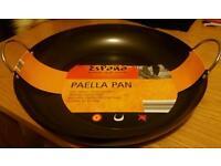 Large paella pan