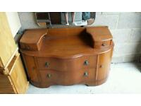 Vintage style dressing table with mirror