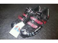 New fuji cycling shoes (size 9)