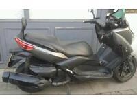 Yamaha xmax 400 sports