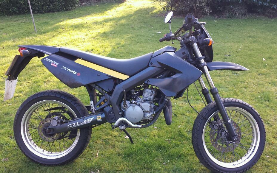 2010 derbi senda x race sm 50cc geared bike 2 stroke self mixing in norwich norfolk gumtree. Black Bedroom Furniture Sets. Home Design Ideas