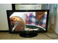"""42"""" Panasonic Viera Full HD TV with built in Free view HD"""