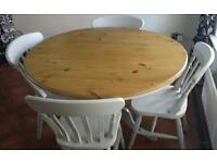 Round kitchen/dining table shabby chic