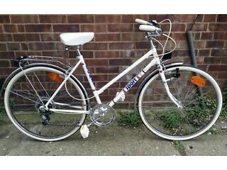 Sportif ladies Dutch town bike bicycle