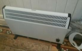 Glen Large electric heater Now £15