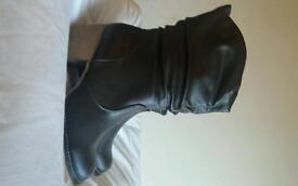 Skecher boots