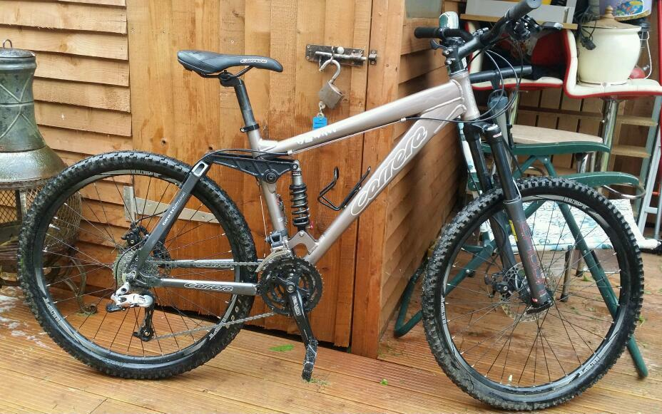 2014 Carrera banshee full suspension mountain bikein Exeter, DevonGumtree - 2014 Carrera banshee full suspension mountain bike Epicon front fully adjustable 160 mm forks with lock out positionEpicon rear adjustable suspension with lock out positionDisc brakesVery light Alloy frameAlloy double wall quick release wheelsSram 27...