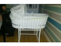 Moses basket in perfect condition