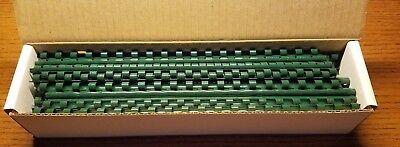 Gbc 14 Hunter Green Presentation Binding Spinescombs 100 Pack