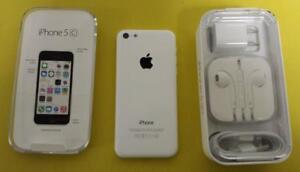 iPhone 5c 16 GB WHITE   BRAND NEW   WITH BOX AND BRAND NEW ACCESSORIES FACTORY UNLOCKED ( INTERNATIONAL )