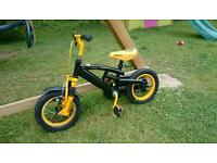 Boys Raleigh stinger bike for up to 5 year old