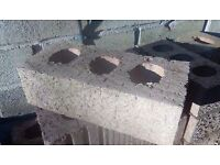 200 x Raeburn Fired Clay Facing Brick (H)65mm (W)102.5mm (L)215mm 2.3kg and few slabs