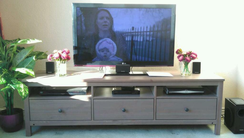 Hemnes Dresser As Tv Stand : IKEA Hemnes TV Stand  in Dartford, Kent  Gumtree