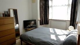 **AMAZING DBL ROOM**Enfield - NON SMOKER ONLY - £495 all incl.