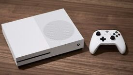 Xbox One S 500gb 9 days old with new games