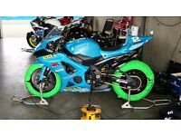 Suzuki GSXR 1000 k7 Rizla track bike with V5
