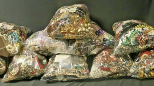 Vintage Now Craft Jewelry Bag Lot DIY Harvest Stones Beads Earring Brooch Pieces
