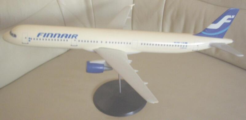 Finnair Airbus A321-200 1:100 Fratelli Cesana Travel Agency Model Rare