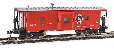Walthers Ho Scale International Bay Window Caboose Great Northern Gn  X 184