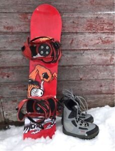 Junior Snowboard | Reaction 5150 and Boots in child's size 5