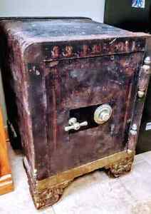1937 J.S.J McColl combination safe