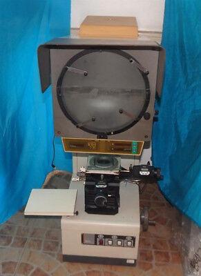 Mitutoyo Pj-3000 Pj3000 Bench Top Optical Comparatorprofile Projector