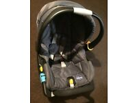 Chicco Car Seat with Easyfix Isofix Base