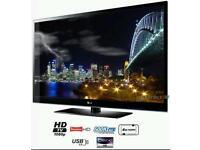 "LG 50"" HD TV FREEVIEW BBC IPLAYER + LG SOUNDBAR"
