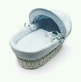 Kinder valley blue Dimple white Wicker moses basket. Brand new in sealed packs. 3 left in stock.