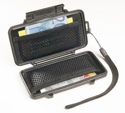 Peli 0955 SPORT WALLET ,Water Resistant , Ideal for outdoor sports , holidays