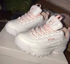 White and baby pink fila disruptor trainers size 5